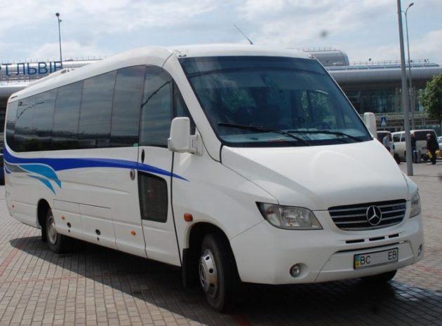 Автобус для туристів на 29 місць в оренду по Львову